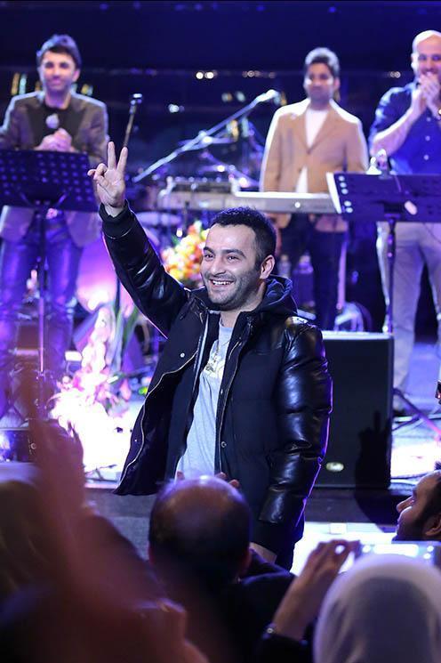 کنسرت یاس کنسرت علی لهراسبی دانلود آهنک جدید علی لهراسبی بیوگرافی علی لهراسبی