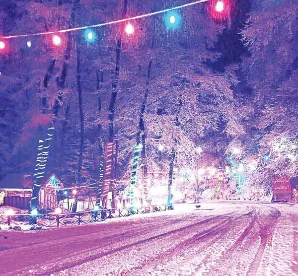 تصویری زیبا از برف تابستانی در کلاردشت