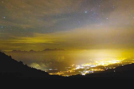 شبهای شهر را با نور آلوده نکنیم