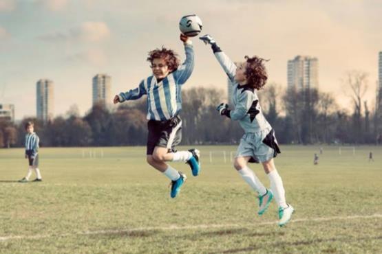 635751490894671812 - بازسازی جنجالی ترین صحنه های تاریخ فوتبال دنیا! + تصاویر