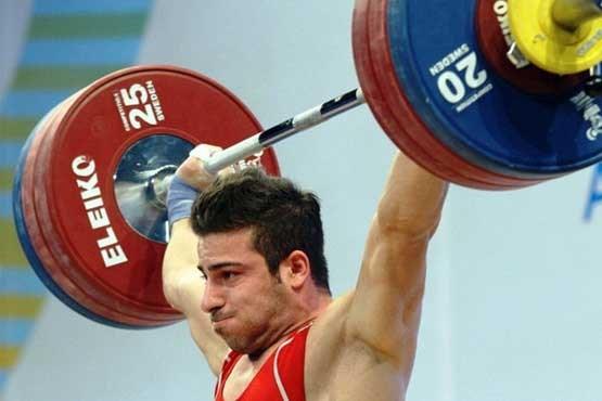 تصویر طلا در مشت وزنه بردار ایرانی بود