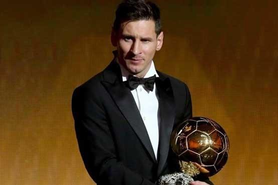 تصویر لیونل مسی برای پنجمین بار برنده توپ طلای فیفا شد