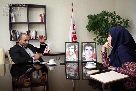 مدافعان حرم چه کسانی هستند مدافعان حرم حقوق و مزایای مدافعان حرم ثبت نام مدافع حرم بیوگرافی حمید شیرمحمدی