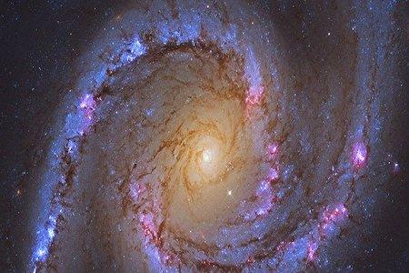 سیاه چاله ای بزرگ تر از خورشید در یک کهکشان