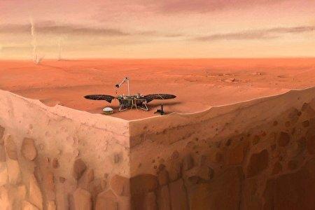 قسمتی از فرودگر «اینسایت» در مریخ رها می شود