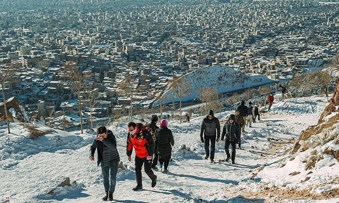 نجات ۷ نوجوان گمشده در کوههای برغان 