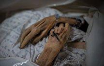 بازگشت زن سالخورده کرونایی به خانه سالمندان ده روز بعد از اعلام خبر فوتش