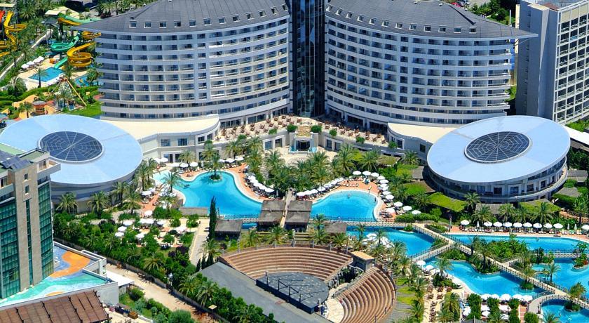هتل های آنتالیا به روی گردشگران ایرانی باز شد