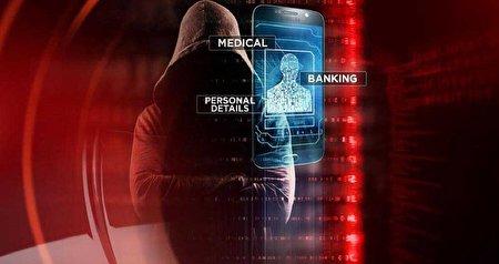 دستگیری معلم کامپیوتری که  با هک تلفن دانش آموزانش تصاویرشان را می دزدید
