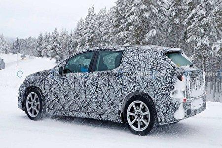 بنز دو خودروی الکتریکی در سال جدید تولید می کند
