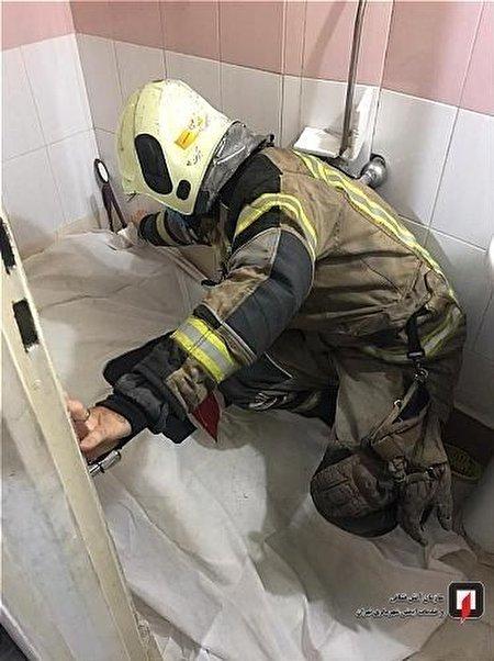 کشف جسد مرد جوان در حمام مغازه