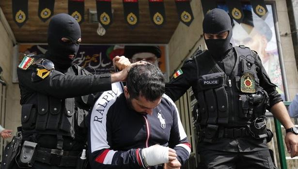 دستگیری شرور محله فلاح/ متهم ۵ شهروند را مجروح کرده بود