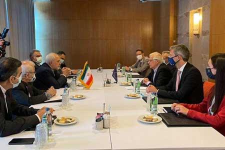ظریف در دیدار بورل بر لزوم رفع تحریم های آمریکا تأکید کرد